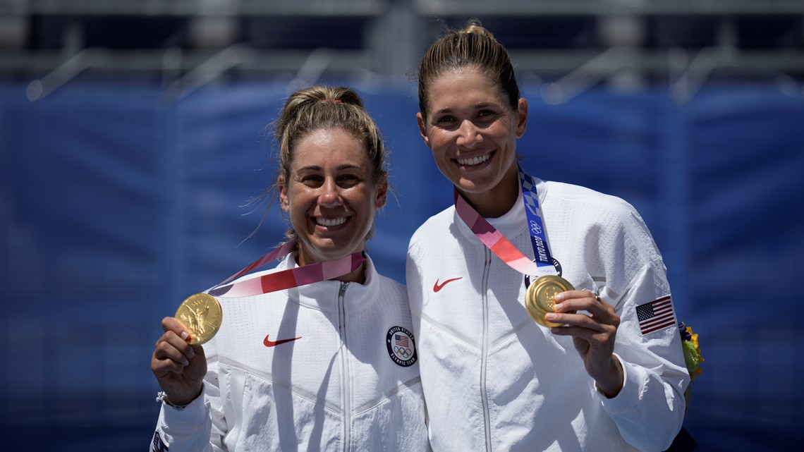 Tokyo Rewind, Aug. 5: US women win gold on beach, bronze on pitch