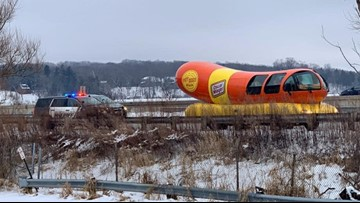 Oscar Mayer Wienermobile gets pulled over, fans grill up jokes
