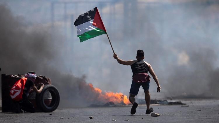 Israeli airstrike on Gaza house kills at least 7