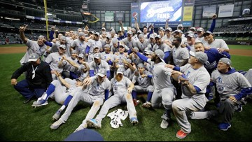 Dodgers beat Brewers in Game 7, face Red Sox in World Series