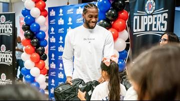 Kawhi Leonard, Clippers donate 1 million backpacks to L.A. school kids