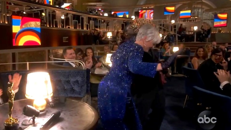 Glenn Close wins with her dance moves after losing for 8th time at Oscars