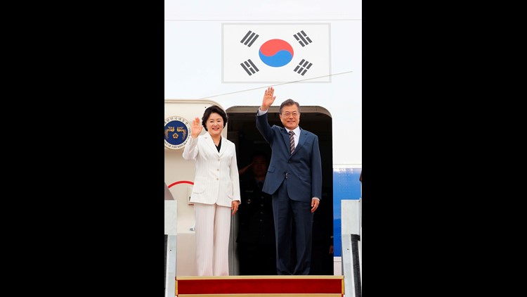 Trump Set to Meet South Korea's Moon as Doubts Shroud Kim Summit