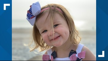 Girl, 2, goes viral for singing the National Anthem