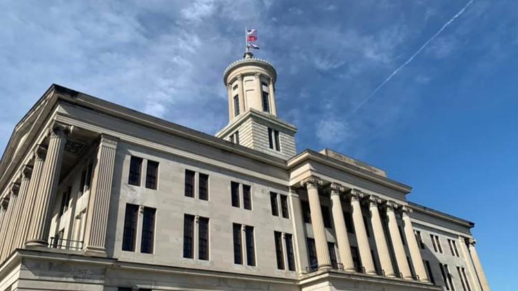 Tennessee House OKs new transgender 'bathroom bill'