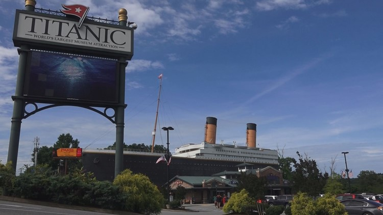 'Wall of ice' display falls at Titanic Museum in Pigeon Forge, hospitalizing 3 people