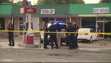 Pregnant teen shot outside Charlotte strip mall, police say