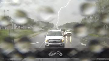 Rain rolls through the Carolinas for second day