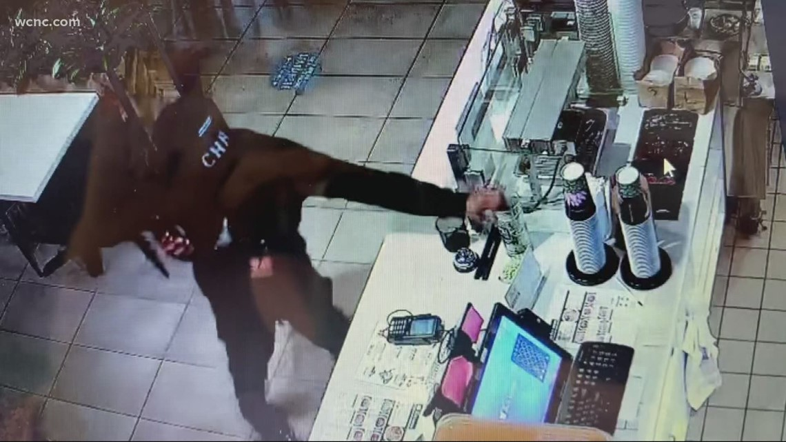 Thief caught on camera stealing tips from restaurant