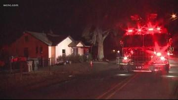 3 children left alone escape Gastonia house fire