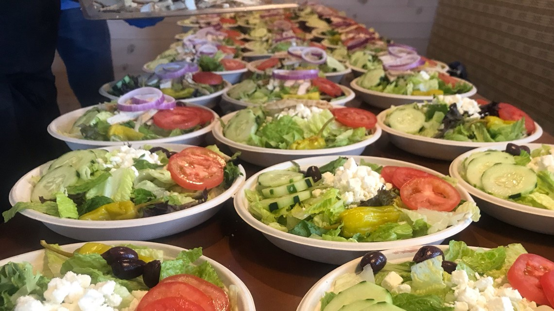 Showmars served food to healthcare professionals and families