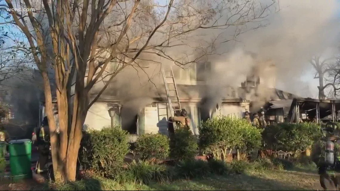 Charlotte Fire responds to two-story house fire in north Charlotte