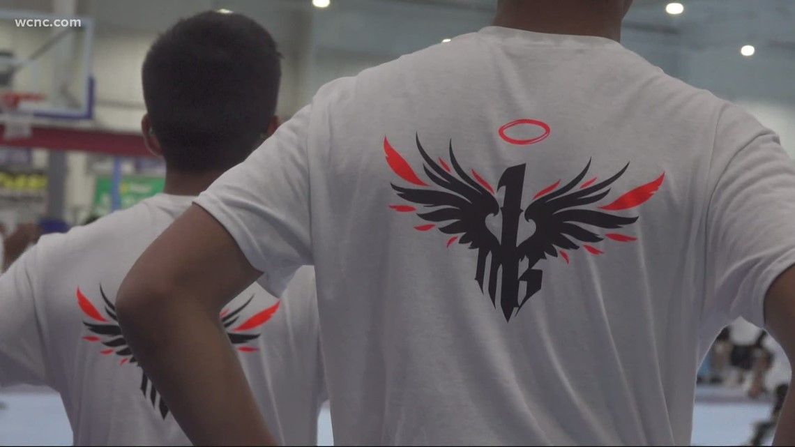 LaMelo Ball hosts basketball camp for kids in Charlotte