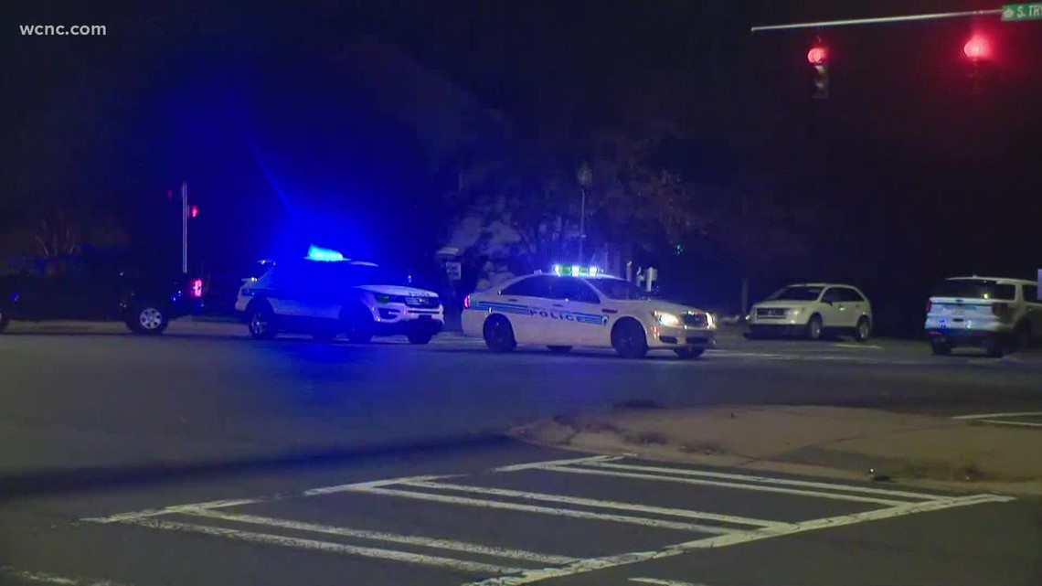 Multiple agencies respond to SWAT situation in southwest Charlotte