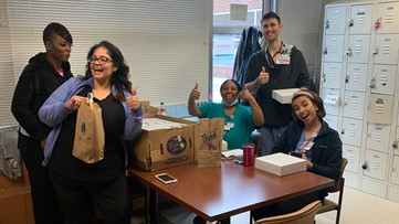 Charlotte moms donate meals to support health care workers amid coronavirus crisis