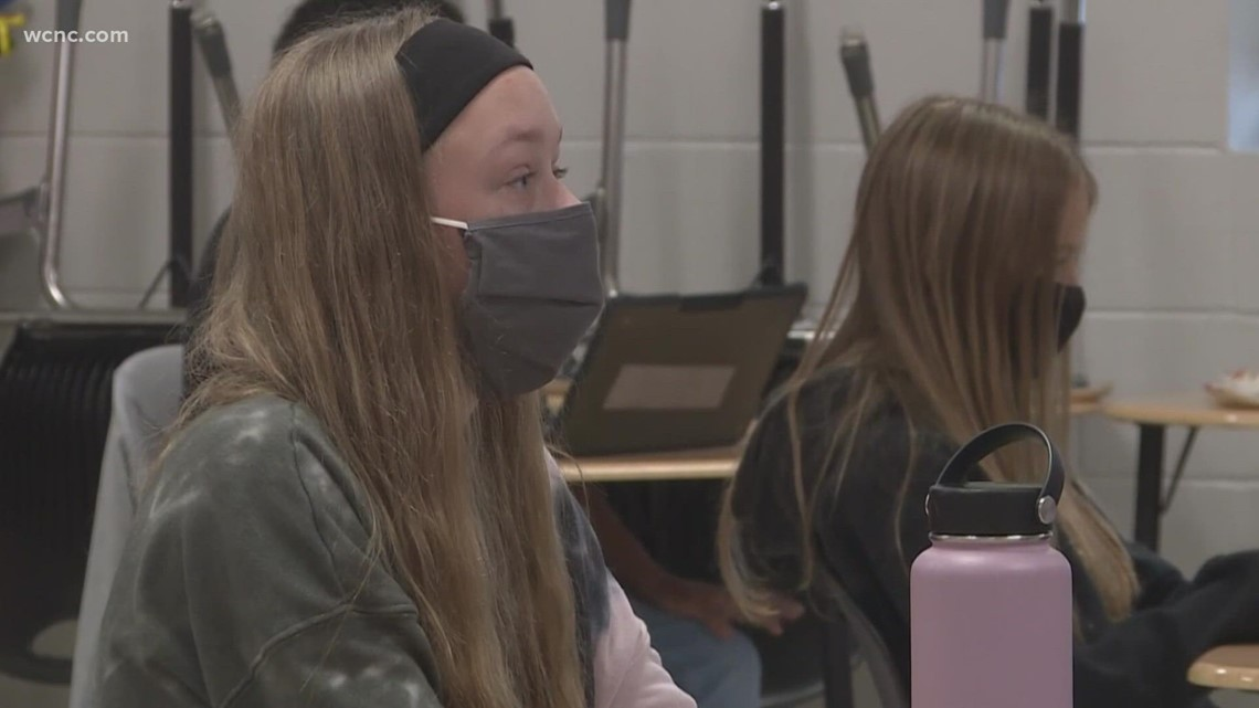 Gaston County School Board votes to keep mask mandate