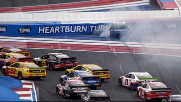 Elliott wins playoff race at Charlotte Motor Speedway in scorching heat