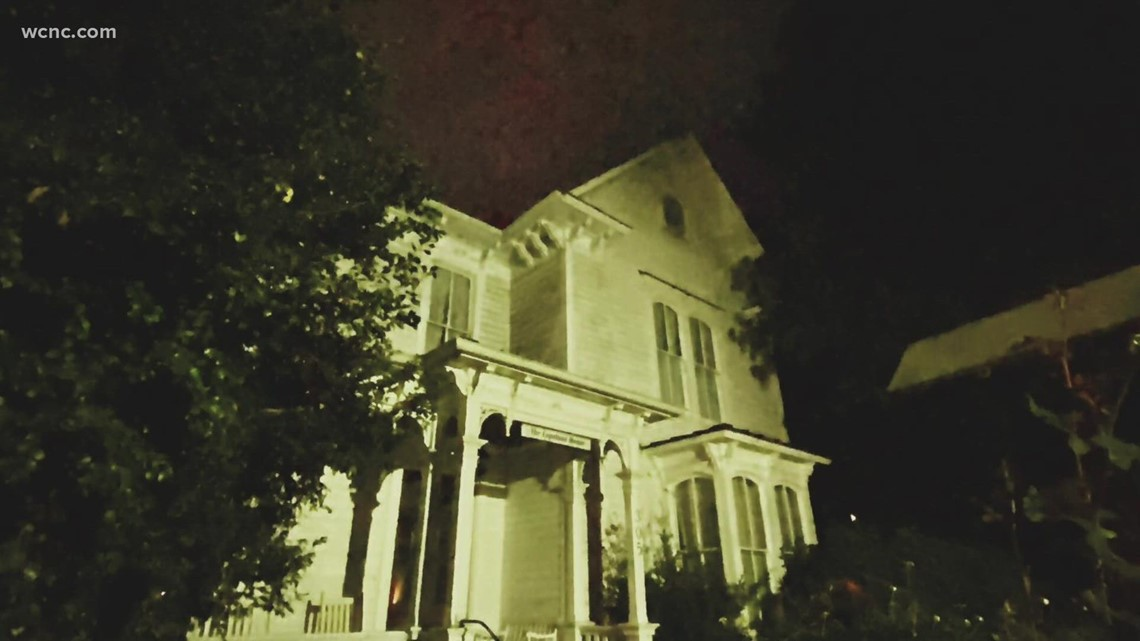 Ghost walk shares haunted tales from Davidson's past