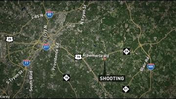 Shooting leaves 3 hurt in east Charlotte