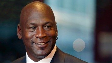 Michael Jordan to sell piece of Hornets