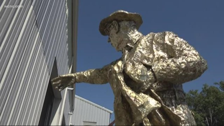 Hugh McManaway statue back in Myers Park after year-long absence