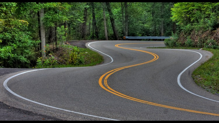 Tail Of The Dragon Photos >> The Dragon The Most Exhilarating 11 Miles In America Wcnc Com