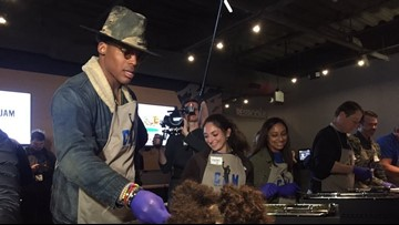 Cam's Thanksgiving Jam feeds largest group of kids ever