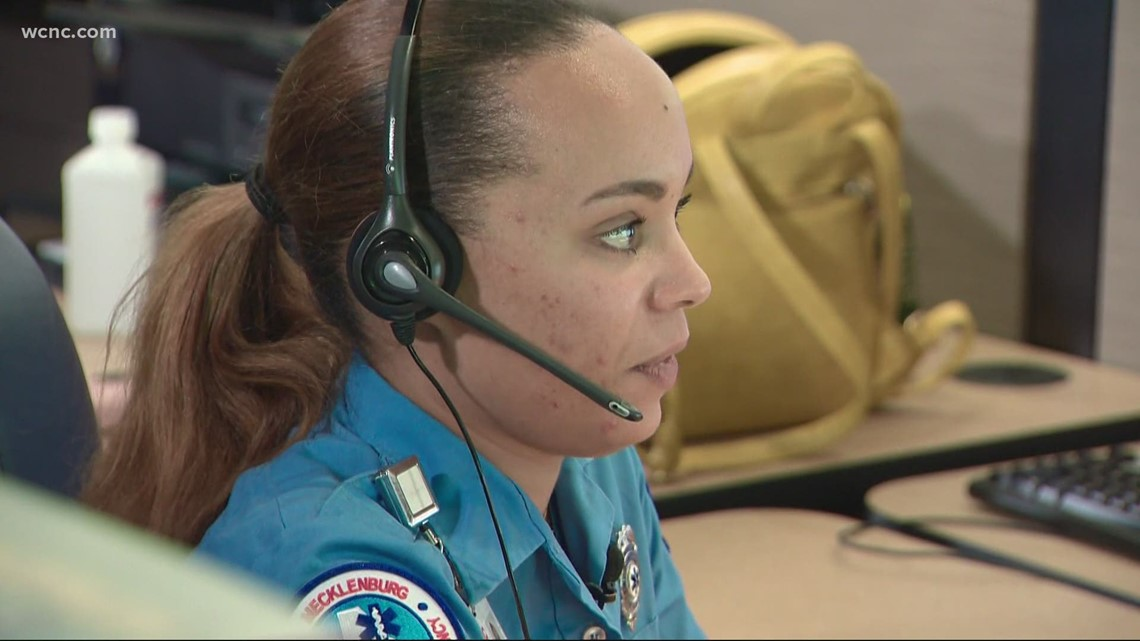 Charlotte 911 dispatcher recognized for work during emergency calls