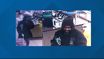 CMPD looking for man accused of robbing 7- Eleven