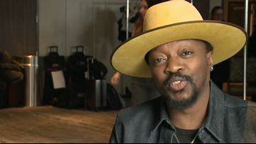Charlotte native Anthony Hamilton sings soulful version of national anthem at All-Star Game