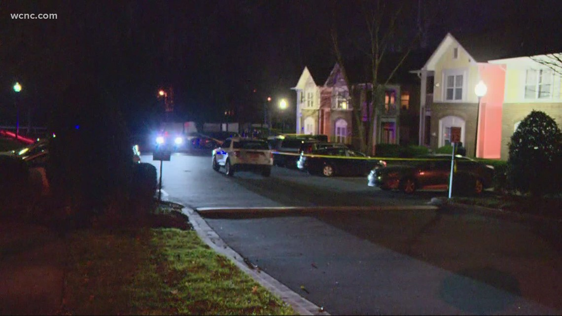 Police investigating west Charlotte shooting
