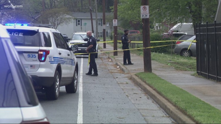 Juvenile killed in west Charlotte homicide