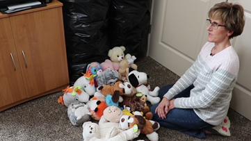 Woman hoping to give every kid in Charlotte hospitals a stuffed animal, and she needs your help