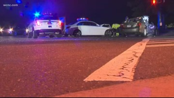 Rollover crash in south Charlotte leaves four with minor injuries