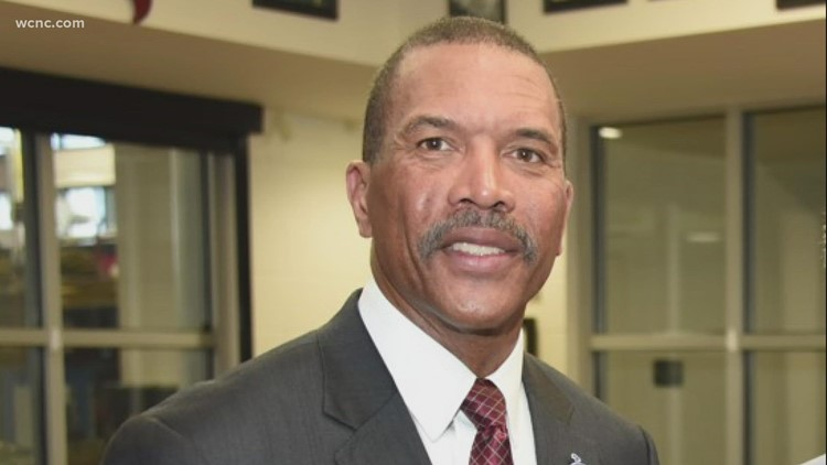 Orlando fire chief resigns due to charges against him in Charlotte