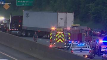 Crash involving tractor-trailer closes I-85 in Gaston County