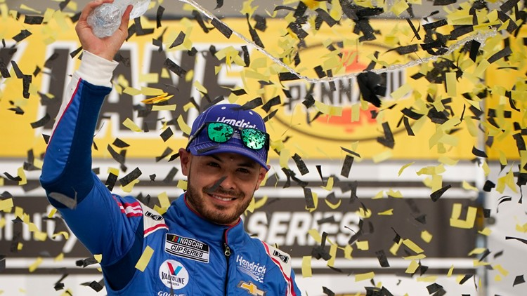 Kyle Larson celebrates return with 1st win since suspension