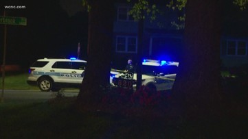 CMPD investigating shooting death of 17-year-old