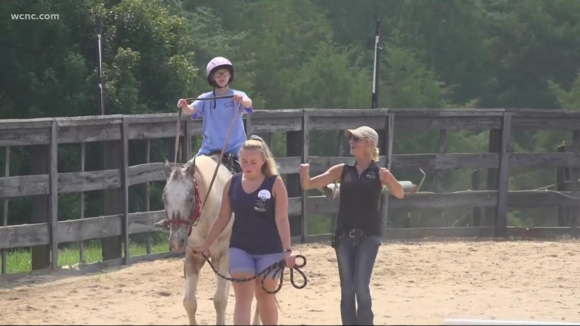 Horseback riding program assists veterans, special needs children in York County