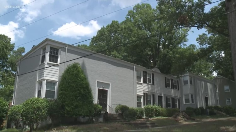 CMPD: Man held at gunpoint during south Charlotte home invasion