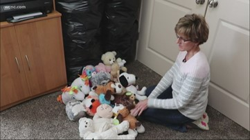 Woman hoping to give every kid in local hospitals a stuffed animal for Christmas