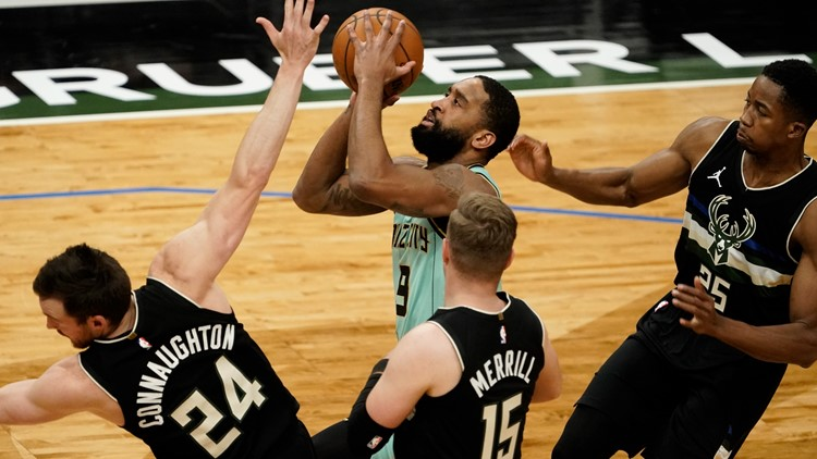 Hornets complete road trip with win at depleted Milwaukee