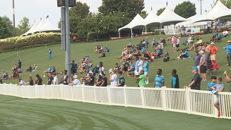 Panthers fans make return to camp