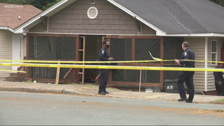 CMPD investigating homicide after west Charlotte shooting