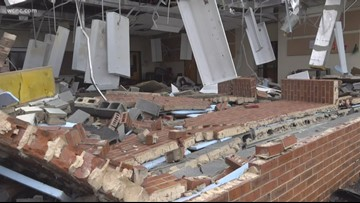 Carolinas cleaning up after severe storms