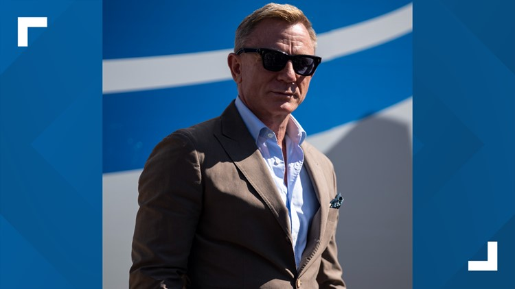 Daniel Craig to wave green flag at Bank of America ROVAL 400