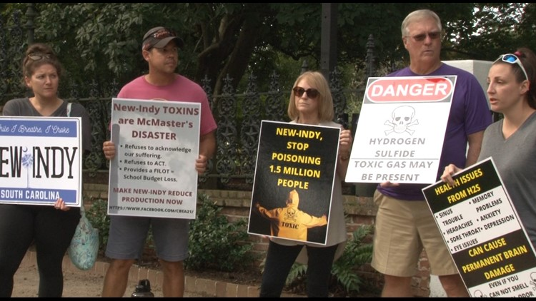 Demonstrators take their message to Columbia over smell emitting from New-Indy
