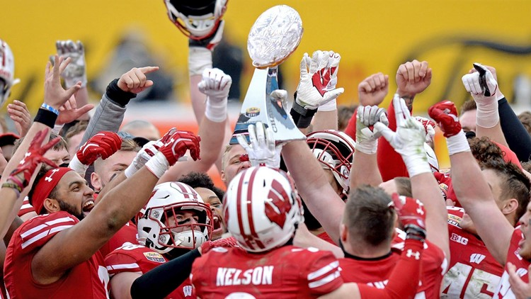 Wisconsin wins Duke's Mayo Bowl, breaks trophy
