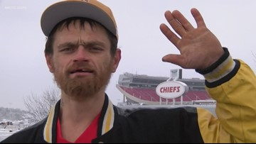 Homeless man rewarded after helping Kansas City Chiefs player stuck in snow get to game on time