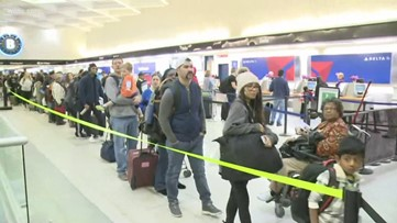 Charlotte airport packed as thousands of people travel for Thanksgiving